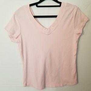 68 Sarah Spencer size medium pink V neck top
